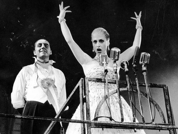 Bob Gunton and Patti LuPone in Evita